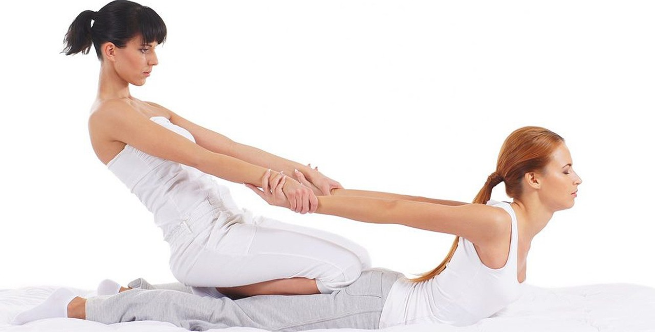 Thai Exercise, Massage Ease Knee Osteoarthritis